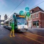 Smarte, autonome Tram auf Schienen