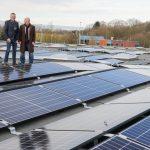 Fast 70 Prozent für den eigenen Bedarf - Photovoltaik-Anlage auf dem VER-Busdepot