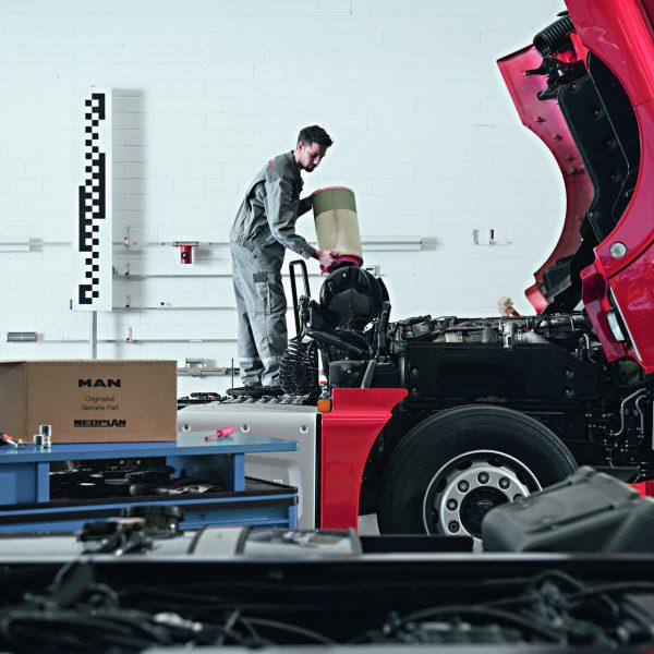 MAN Truck & Bus Service hält Betrieb weiterhin aufrecht