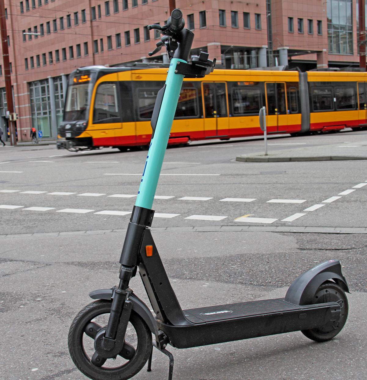 E-Scooter von TIER über KVV.mobil App buchbar