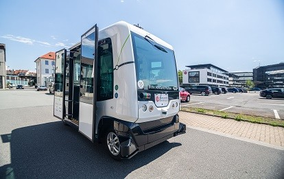 "Autonomer Minibus ""Hubi"""