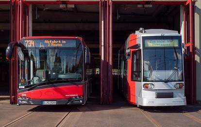 Bus und Straßenbahn der Rheinbahn