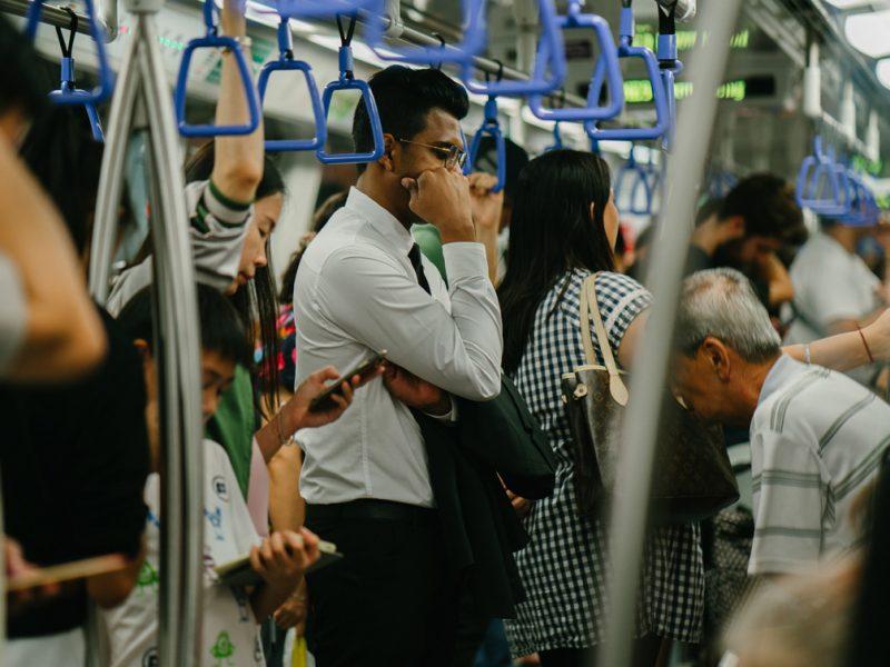 Die COVID-19-Pandemie stellt Verkehrsunternehmen vor viele unvorhergesehene Herausforderungen. Die Fahrgastzahlen sind dramatisch zurückgegangen, und die Wahrung des Abstands hat oberste Priorität. ÖPNV-Unternehmen müssen die Gesundheit ihrer Mitarbeiter und Fahrgäste gleichermaßen schützen. Sie müssen nicht nur das Vertrauen der Fahrgäste zurückgewinnen, sondern auch die Effizienz des Betriebes im Auge behalten. Gut, dass die leistungsfähigen Lösungen von INIT sie dabei unterstützen können: Zum Beispiel für kontaktloses Bezahlen, für die Steuerung der Auslastung von Fahrzeugen oder für mobile Disposition. Mehr erfahren …
