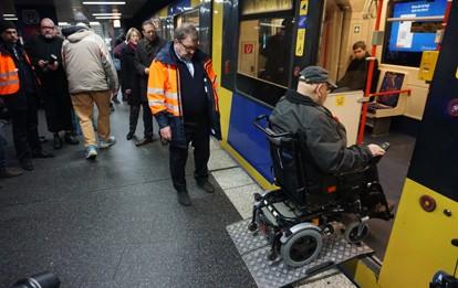 Rollstuhlfahrer in Essen