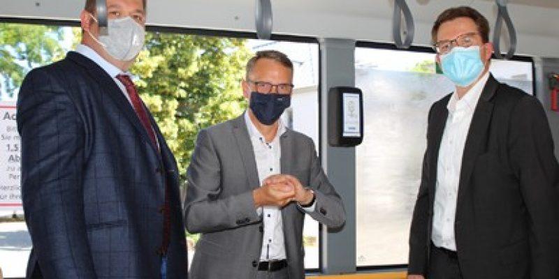 Desinfektionsmittelspender für Bus