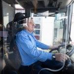 Einbau von Trennscheiben in RMV-Linienbussen
