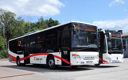Mercedes und Daimler-Busse für die Region Hochstift