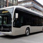 Vollelektrischer Gelenkbus Mercedes-Benz eCitaro G mit innovativen Festkörperbatterien