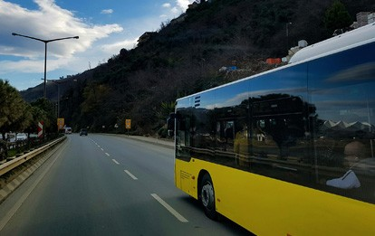 Reisebus unterwegs