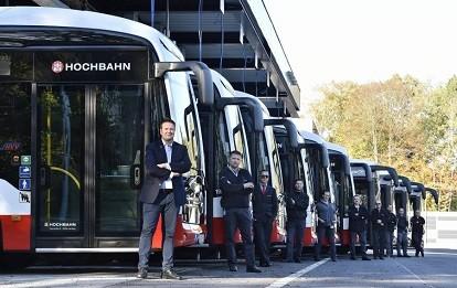 E-Busse auf dem Busbetriebshof Alsterdorf in Hamburg.