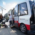 Selbstfahrender Bus startet Betrieb in Hamburg