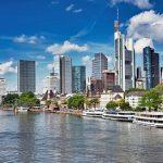 13 Brennstoffzellenbusse für Frankfurt