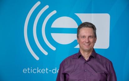 Bernd Pieper ist seit Veröffentlichung der ersten Version der VDV-Kernapplikation mit dem elektronischen Ticketing vertraut und hat eine Vielzahl von Umsetzungsprojekten begleitet. Jetzt wird er Leiter Standardisierung VDV-Kernapplikation.