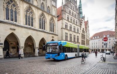 Ab 2021 sollen Fahrgäste in vielen Bussen der Stadtwerke Münster beim Zustieg auch ohne Chipkarte bargeldlos bezahlen können.