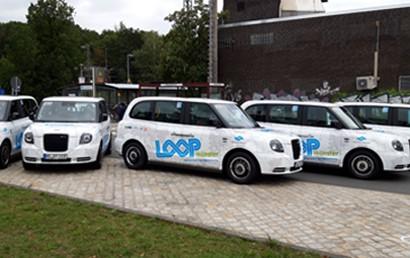 Das NRW-Verkehrsministerium fördert die Erprobung von On-Demand-Angeboten, mit denen die Menschen in den zum Teil suburban geprägten und dünn besiedelten Regionen flexibler und besser mobil sein können – auch ohne eigenes Auto.