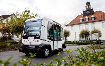 """Seit dem 13. September drehte Shuttlebus """"Hubi"""" seine Runden auf rund zwei Kilometern zwischen mehreren zentralen Anlaufpunkten in Bad Essen."""