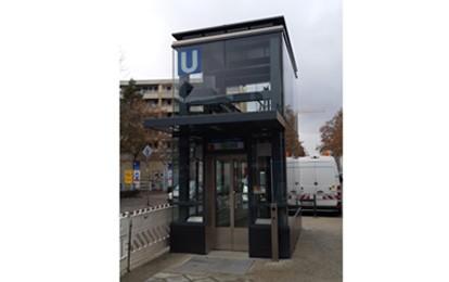 Am 16. Dezember 2020 sind in Berlin zwei neue U-Bahnaufzüge in Betrieb gegangen. Auf den U-Bahnhöfen Sophie-Charlotte-Platz und Kurfürstenstraße sorgen sie für mehr Barrierefreiheit.