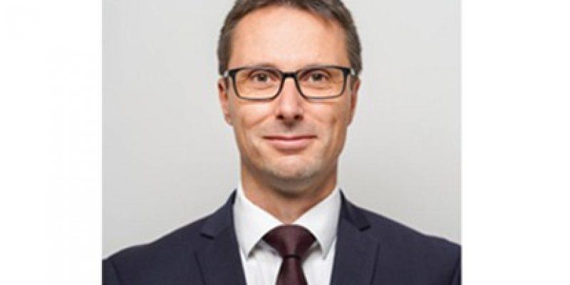 Das Präsidium des Verbandes der Bahnindustrie in Deutschland (VDB) e.V. hat am 18. Dezember 2020 einstimmig Andre Rodenbeck, CEO Rail Infrastructure der Siemens Mobility GmbH, wieder zum VDB-Präsidenten gewählt.