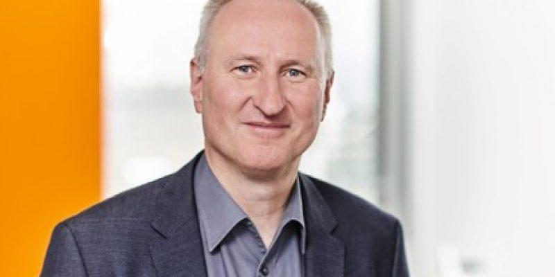 Das Netzwerk Kontiki e. V. hat in seiner jährlichen Mitgliederversammlung Horst Stammler, im Hauptberuf Geschäftsführer des Verkehrs- und Tarifverbundes Stuttgart, als Vorsitzenden des Vorstands wiedergewählt.
