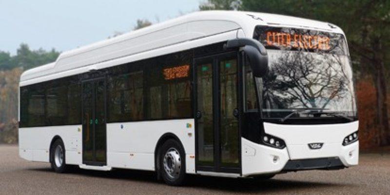 Die größte Elektrobusflotte, die VDL Bus & Coach in Europa ausgeliefert wird, geht ab Januar 2022 in Oslo in Betrieb. Mit 102 Citea-Bussen wird VDL zur Verwirklichung eines wichtigen Ziels der norwegischen Hauptstadt beitragen: 2028 soll der öffentliche Personennahverkehr völlig emissionsfrei sein.