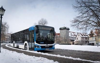 Quedlinburg bildete die perfekte Kulisse für eine Rundfahrt mit dem neuen MAN Lion´s City. Anlass war die Übergabe von insgesamt neun der MAN-Busse an die Harzer Verkehrsbetriebe (HVB).