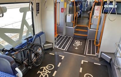 Talent 2 Redesign: Fahrradstellplätze mit Markierung (Bild: VBB)