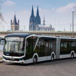Erster vollelektrischer MAN-Gelenkbus in Köln unterwegs
