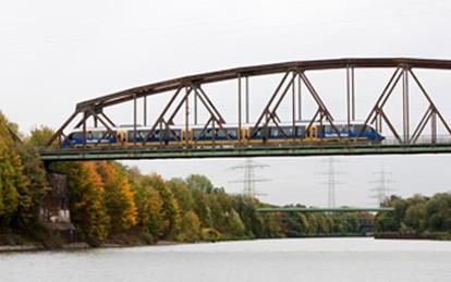 Der Verband Deutscher Verkehrsunternehmen VDV unterstützt das von Bundesverkehrsminister Scheuer jüngst veröffentliche Eisenbahn-Elektrifizierungsprogramm des Bundes.