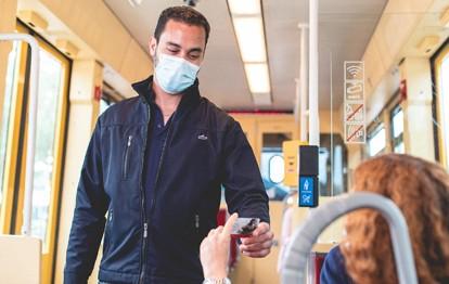 Der Verband Deutscher Verkehrsunternehmen (VDV) hat sich in der Anhörung des Gesundheitsausschusses im Bundestag zum Infektionsschutzgesetz klar gegen eine Höchstbesetzung in Bussen und Bahnen ausgesprochen.