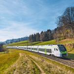 BLS nimmt erste MIKA-Züge in Betrieb
