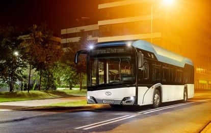 In einer Ausschreibung, die von der In-der-City-Bus, die für die Mobilität in Frankfurt sorgt, durchgeführt wurde, erhielt Solaris Bus & Coach den Zuschlag für die Lieferung von 13 Wasserstoffbussen. Die im Urbino 12 hydrogen eingesetzte Technologie sorgt für eine umweltfreundliche Fahrt dank der Versorgung mit elektrischer in einer Brennstoffzelle erzeugter Energie (mit einer Leistung von 70 kW).