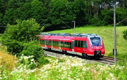 Deutsche Bahn bei Sachsen-Alberndorf, Mittelfranken (Bild: BEG / Uwe Miethe)