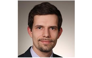 Robert Jäkel hat am 8. Juni 2021 die Geschäftsführung der B.E.P. GmbH übernommen und bildet gemeinsam mit Bernd Bleck die Doppelspitze der Gesellschaft. Er löst damit Christian Höglmeier ab, der die Geschäfte seit der Gründung geführt hatte.
