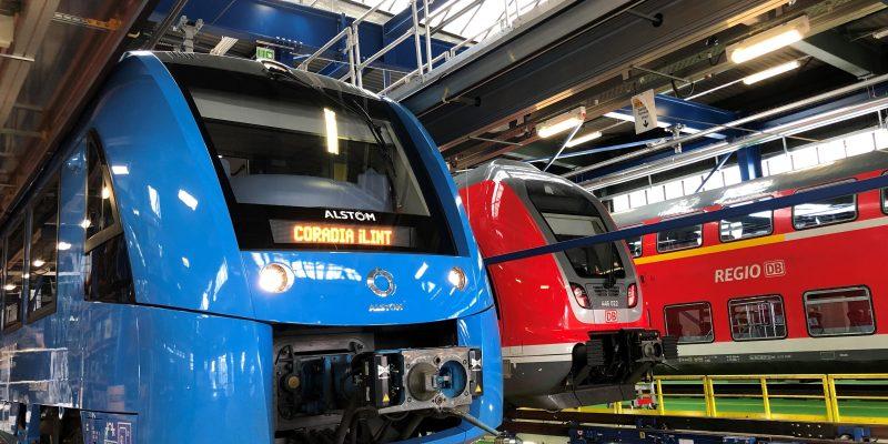 Das Werk von DB Regio in Frankfurt Griesheim wird ein Zentrum für die Zukunftstechnologie Wasserstoffzug. Ab Ende 2022 werden dort 27 Züge des emissionsfreien neuen Fahrzeugtyps Coradia iLINT von Alstom gewartet und instandgehalten.