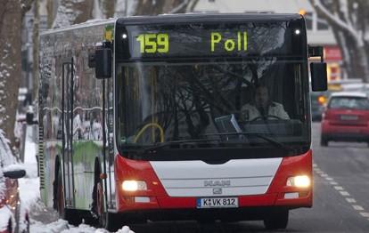 Der Bundesverband Deutscher Omnibusunternehmer (bdo) hat neue wissenschaftliche Ergebnisse zum niedrigen Corona-Ansteckungsrisiko im öffentlichen Personenverkehr (ÖPV) als weiteres deutliches Zeichen für die Sicherheit in Bussen und Bahnen eingeordnet.