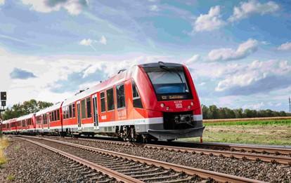 Der Nahverkehr Rheinland (NVR) und die Deutsche Bahn (DB) planen den Ausbau und die vollständige Elektrifizierung der Strecke von Bonn über Euskirchen bis nach Bad Münstereifel. Die sogenannte Voreifelbahn hat große Bedeutung für die Anbindung der Kreise Rhein-Sieg und Euskirchen an das Ballungszentrum Bonn.