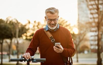 Siemens Mobility und everis haben von der spanischen Eisenbahngesellschaft Renfe einen Fünfjahresvertrag über die Entwicklung und den Betrieb einer landesweiten, intelligenten MaaS-Plattform (Mobility as a Service, MaaS) erhalten. Die umfassende digitale Plattform wird verschiedene Shared-Mobility-Modelle wie Carsharing und Scooter-Services und öffentliche Verkehrsmittel wie Zug, U-Bahn, Bus sowie Fahrrad integrieren.