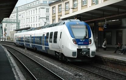 Zum Fahrplanwechsel am 12. Dezember 2021 werden die Fahrkartenpreise der Eisenbahnverkehrsunternehmen (EVU) im deutschen Nahverkehr um durchschnittlich rund 1,7 Prozent angehoben. Zu den EVU im deutschen Nahverkehr gehören unter anderem die Tochtergesellschaften und Beteiligungen von Abellio, BeNEX, National Express, NETINERA, der Transdev-Gruppe und DB Regio.